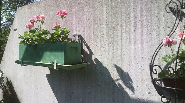 Geschützt: Schmutzige Betonwand mit Hochdruck reinigen 2